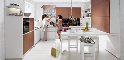 Elegante und moderne Küche mit viel Stauraum